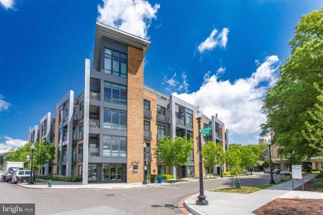 525 Water Street SW #109, WASHINGTON, DC 20024 (#DCDC444412) :: Keller Williams Pat Hiban Real Estate Group