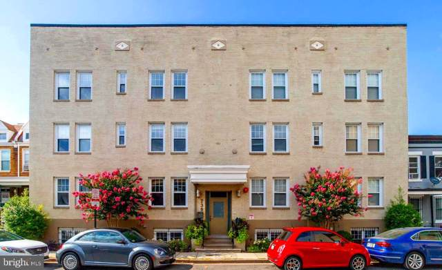 739 Newton Place NW #303, WASHINGTON, DC 20010 (#DCDC444624) :: Eng Garcia Grant & Co.