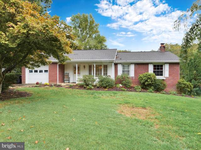 1628 Colonial Manor Drive, LANCASTER, PA 17603 (#PALA141168) :: Linda Dale Real Estate Experts