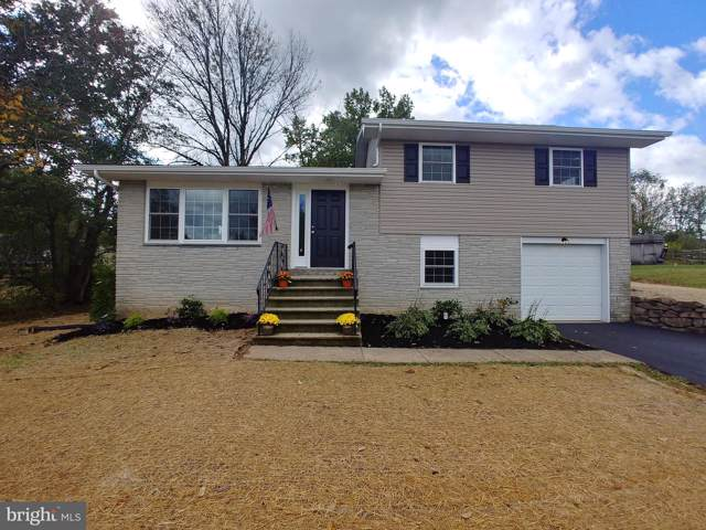 172 E Moyer Road, POTTSTOWN, PA 19464 (#PAMC627118) :: The John Kriza Team
