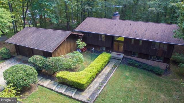 11814 Lakewood Lane, FAIRFAX STATION, VA 22039 (#VAFX1093058) :: Bruce & Tanya and Associates