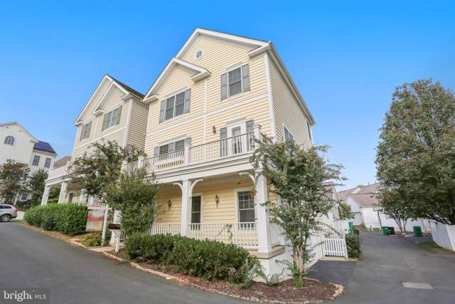 712 Lake Varuna Mews, GAITHERSBURG, MD 20878 (#MDMC682508) :: The Kenita Tang Team