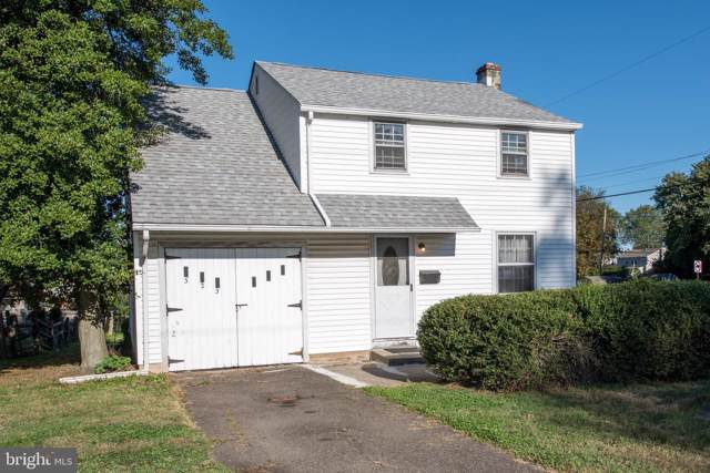 323 N Warminster Road, HATBORO, PA 19040 (#PAMC628010) :: The Toll Group