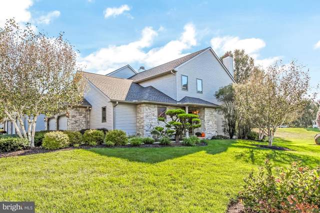 2497 Fairway Drive, YORK, PA 17402 (#PAYK126794) :: Liz Hamberger Real Estate Team of KW Keystone Realty
