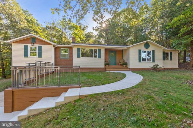 3935 Hunting Creek Road, HUNTINGTOWN, MD 20639 (#MDCA172828) :: Radiant Home Group
