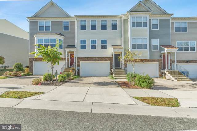 425 English Oak Lane, PRINCE FREDERICK, MD 20678 (#MDCA172896) :: ExecuHome Realty