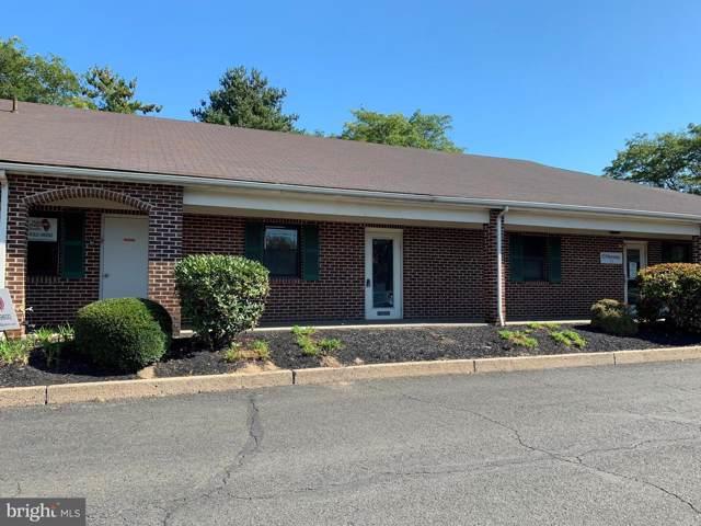 600 Louis Drive W206, WARMINSTER, PA 18974 (#PABU482538) :: Jason Freeby Group at Keller Williams Real Estate