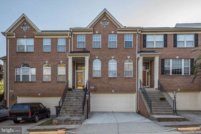 13907 Lindendale Lane, CHANTILLY, VA 20151 (#VAFX1095242) :: Network Realty Group