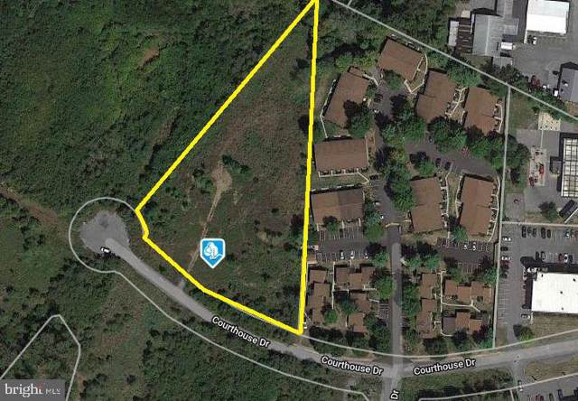 Lot 22 Courthouse Drive, MARTINSBURG, WV 25404 (#WVBE172220) :: The Bob & Ronna Group