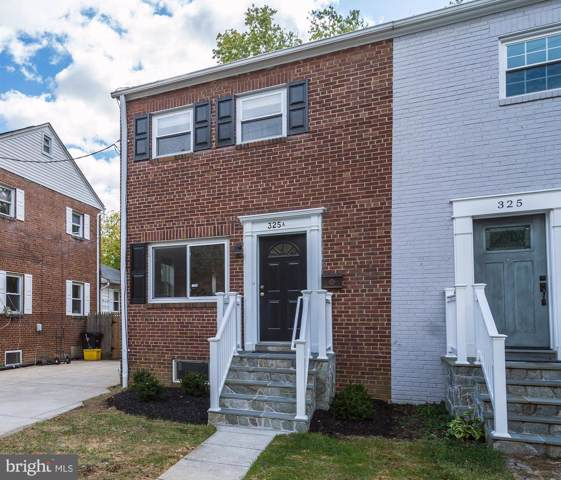 325-A Ashby Street, ALEXANDRIA, VA 22305 (#VAAX240828) :: Great Falls Great Homes