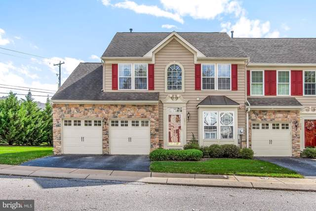 1470 Heritage Lane, YORK, PA 17403 (#PAYK127200) :: Liz Hamberger Real Estate Team of KW Keystone Realty