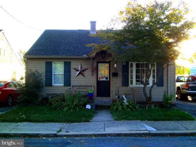 176 N Hart Street, MANHEIM, PA 17545 (#PALA142240) :: The Joy Daniels Real Estate Group
