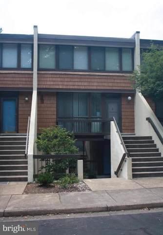 2126 S Quincy Street #1, ARLINGTON, VA 22204 (#VAAR156060) :: Arlington Realty, Inc.