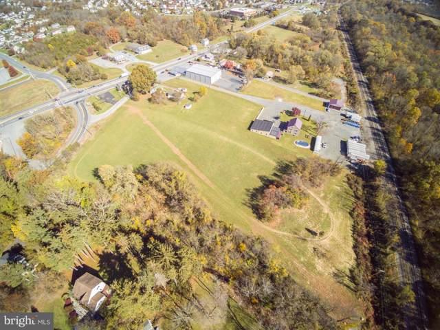 936 Monocacy Creek Road, BIRDSBORO, PA 19508 (#PABK349786) :: LoCoMusings