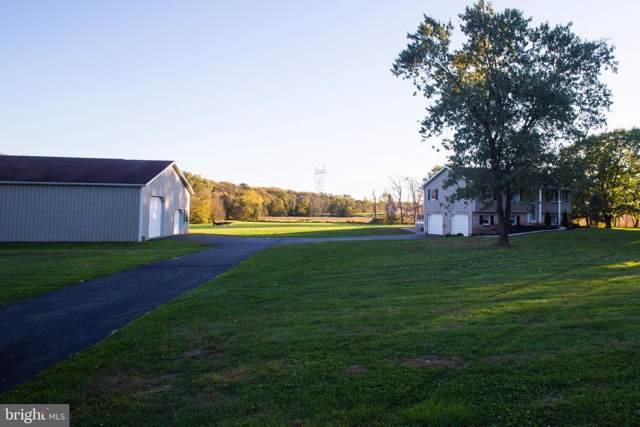 1496 Stonemill Drive, ELIZABETHTOWN, PA 17022 (#PALA142446) :: Flinchbaugh & Associates