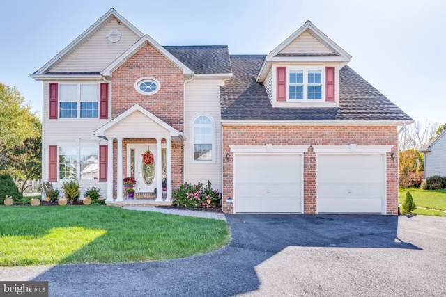 981 Caledonia Drive, MARTINSBURG, WV 25405 (#WVBE172450) :: The Miller Team