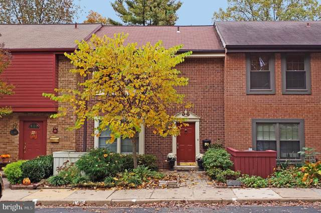 2103 Golf Course Drive, RESTON, VA 20191 (#VAFX1098054) :: The Maryland Group of Long & Foster