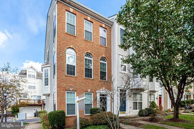 5842 Cowling Court, ALEXANDRIA, VA 22304 (#VAAX241256) :: The Gus Anthony Team