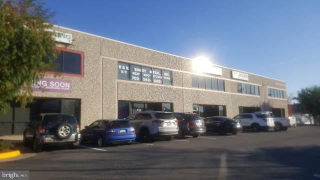 8390 Terminal Road #11, LORTON, VA 22079 (#VAFX1098596) :: Bruce & Tanya and Associates