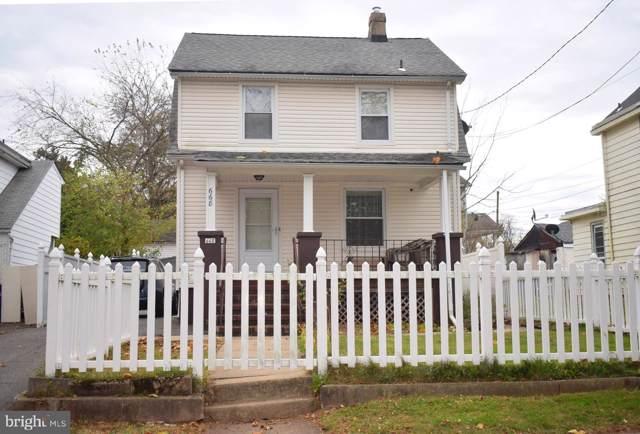 668 Livingston Avenue, NORTH BRUNSWICK, NJ 08902 (#NJMX122830) :: LoCoMusings