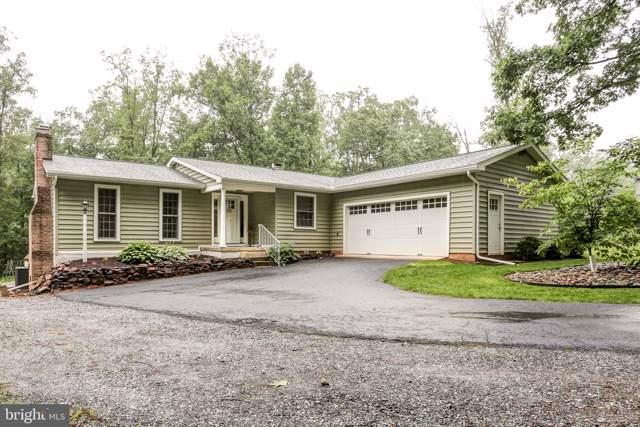 6045 White Pine Drive, ELIZABETHTOWN, PA 17022 (#PALA143276) :: The Joy Daniels Real Estate Group