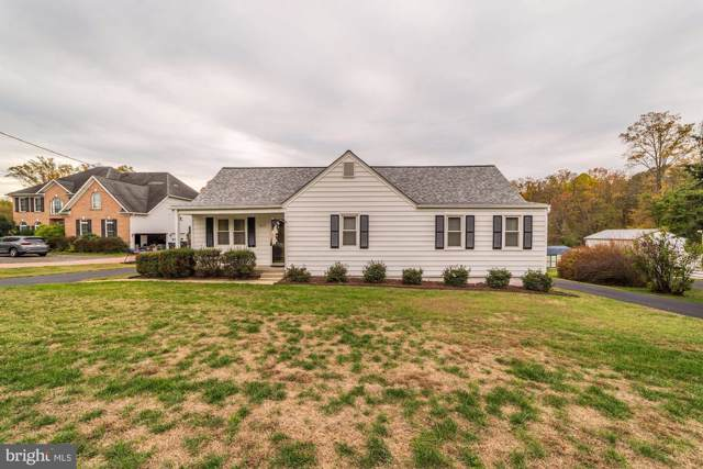 8219 Lorton Road, LORTON, VA 22079 (#VAFX1099144) :: The Greg Wells Team