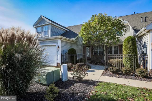 518 Oak Hill Lane, WYOMISSING, PA 19610 (#PABK350600) :: ExecuHome Realty