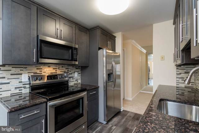 9555 Battery Heights Boulevard #301, MANASSAS, VA 20110 (#VAMN138522) :: CENTURY 21 Core Partners