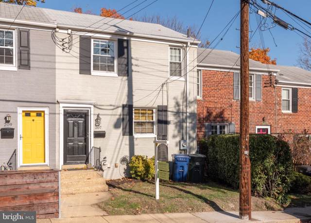 207 Aspen Street, ALEXANDRIA, VA 22305 (#VAAX241478) :: Pearson Smith Realty