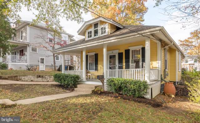19 W Mount Ida Avenue, ALEXANDRIA, VA 22305 (#VAAX241476) :: Pearson Smith Realty