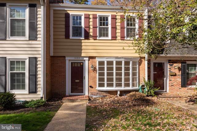 1622 Dryden Way, CROFTON, MD 21114 (#MDAA418860) :: The Riffle Group of Keller Williams Select Realtors