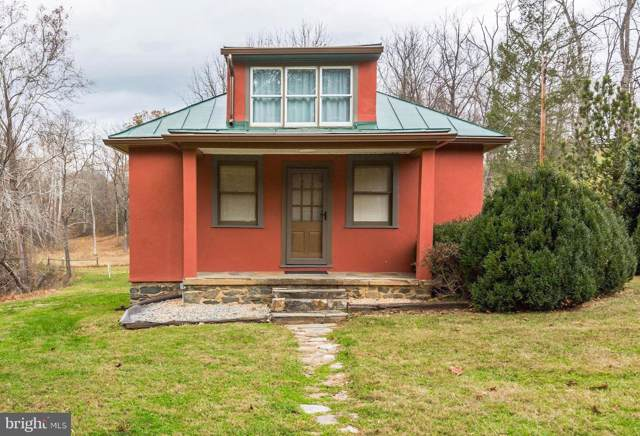 10282 John Marshall Highway, DELAPLANE, VA 20144 (#VAFQ163116) :: AJ Team Realty