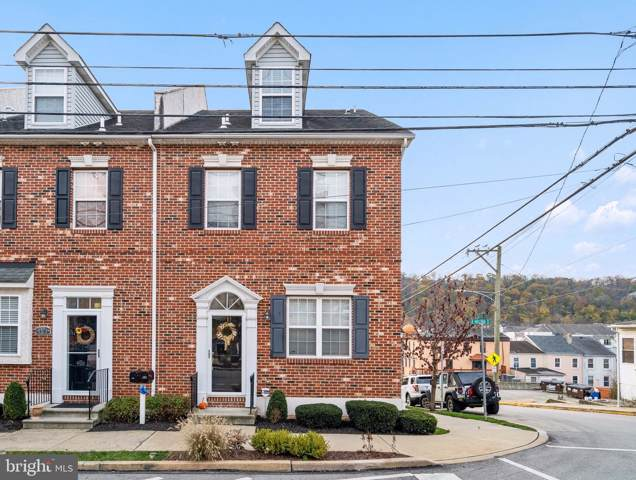 401 E Hector Street, CONSHOHOCKEN, PA 19428 (#PAMC631612) :: Linda Dale Real Estate Experts