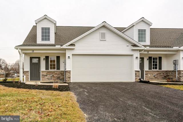 13 Group Court, MOUNT HOLLY SPRINGS, PA 17065 (#PACB119448) :: The Heather Neidlinger Team With Berkshire Hathaway HomeServices Homesale Realty