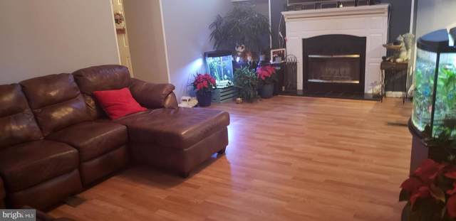 2011 Elmwood Park Drive, CAPITOL HEIGHTS, MD 20743 (#MDPG551210) :: The Licata Group/Keller Williams Realty