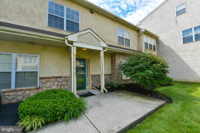 114 Stuart Drive, NORRISTOWN, PA 19401 (#PAMC631938) :: ExecuHome Realty