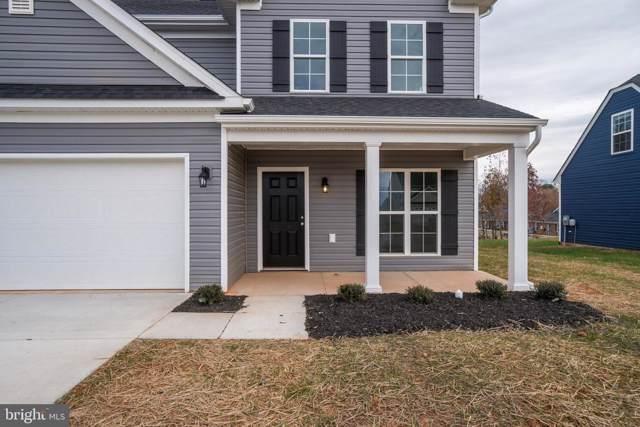 317 Cardinal Road, LOUISA, VA 23093 (#VALA120230) :: Homes to Heart Group