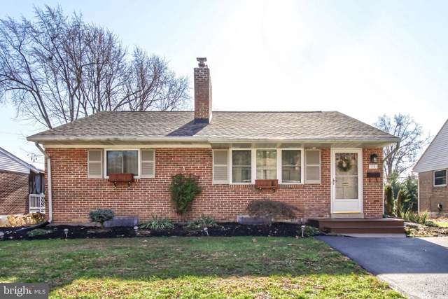 15 Circle Drive, CAMP HILL, PA 17011 (#PACB119726) :: The Heather Neidlinger Team With Berkshire Hathaway HomeServices Homesale Realty