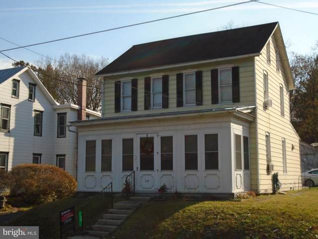 28 E Main, BROWNSTOWN, PA 17508 (#PALA144170) :: John Smith Real Estate Group