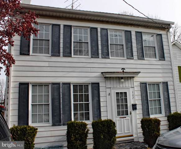 107 S Walnut Street, MECHANICSBURG, PA 17055 (#PACB119780) :: The Joy Daniels Real Estate Group