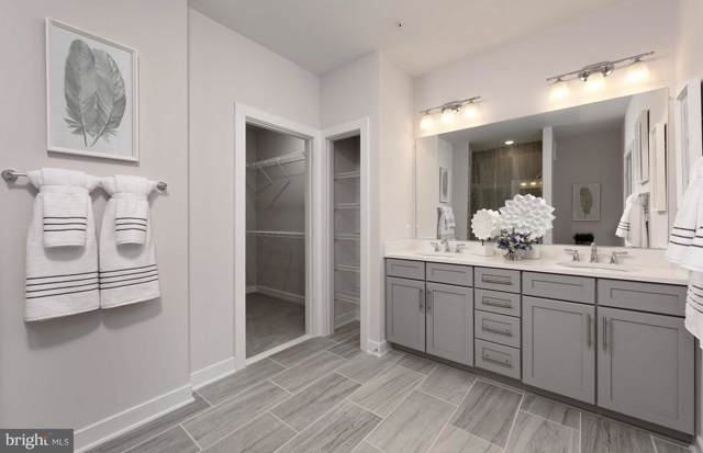 13325 Launders Street, HERNDON, VA 20171 (#VAFX1102184) :: Keller Williams Pat Hiban Real Estate Group