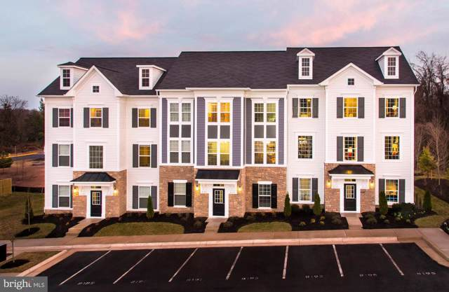 9262 Kos Lane, MANASSAS, VA 20109 (#VAPW483872) :: Seleme Homes