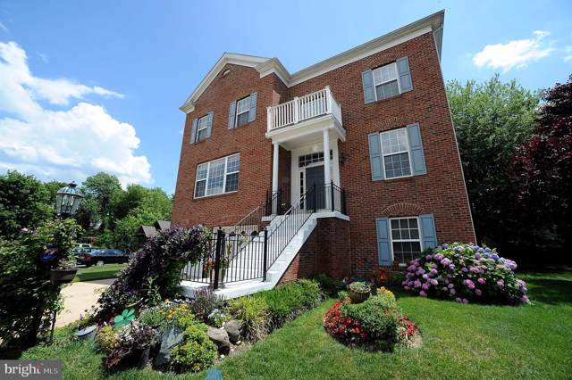 6251 Sibel Place, ALEXANDRIA, VA 22310 (#VAFX1102752) :: Arlington Realty, Inc.