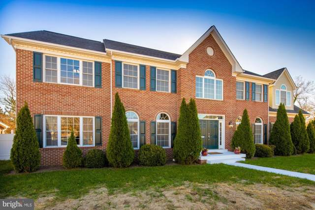 2516 1ST Road S, ARLINGTON, VA 22204 (#VAAR157614) :: Bic DeCaro & Associates