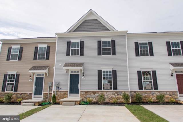 154 Compound Circle, MARTINSBURG, WV 25403 (#WVBE173640) :: Viva the Life Properties