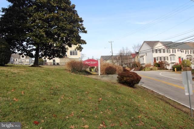 1541 Colonial Drive #102, WOODBRIDGE, VA 22192 (#VAPW484556) :: Give Back Team
