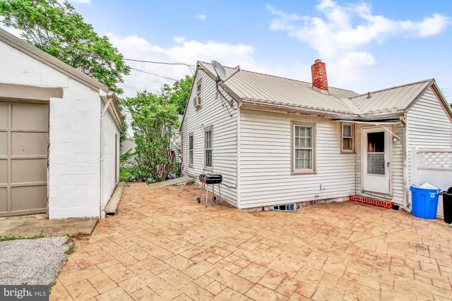 1129 W College Avenue, YORK, PA 17404 (#PAYK130956) :: ExecuHome Realty