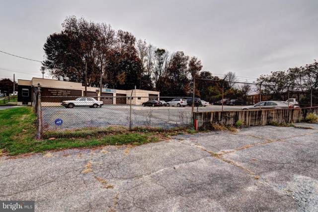 920 Pembroke Rd, BETHLEHEM, PA 18017 (#PANH105870) :: Better Homes and Gardens Real Estate Capital Area