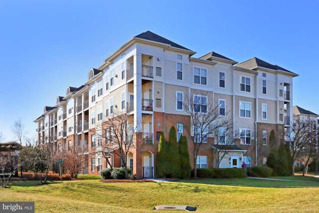 3810 Lightfoot Street #409, CHANTILLY, VA 20151 (#VAFX1106328) :: The Miller Team