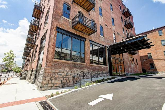 41 W Lemon Street #402, LANCASTER, PA 17603 (#PALA157400) :: The Heather Neidlinger Team With Berkshire Hathaway HomeServices Homesale Realty